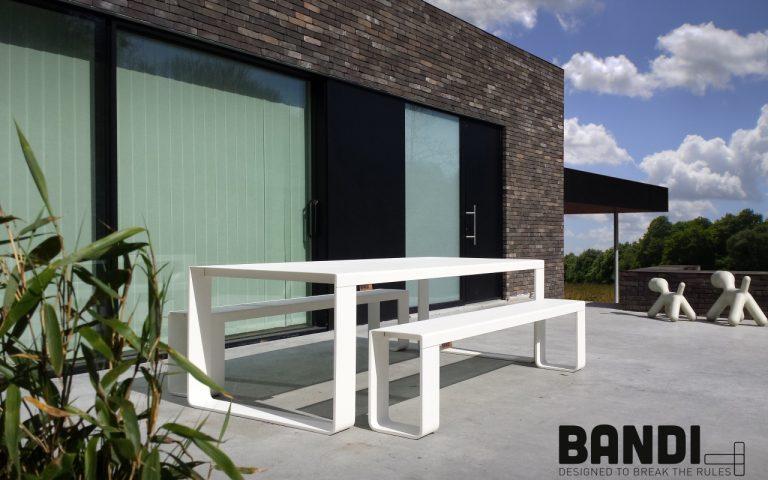 BANDI table blanche pour Loft