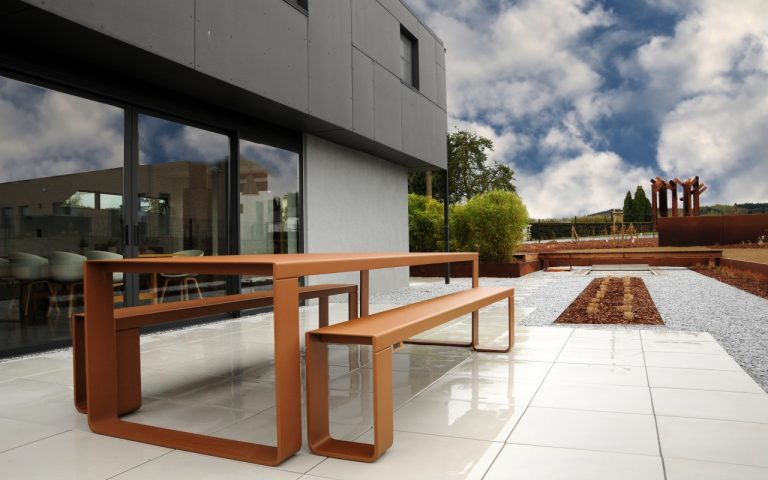BANDI Table corten