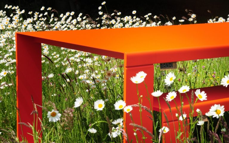 BANDI Table orange avec fleur