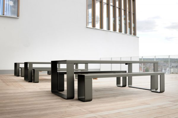 7022_Table L 248cm - Umbra grey